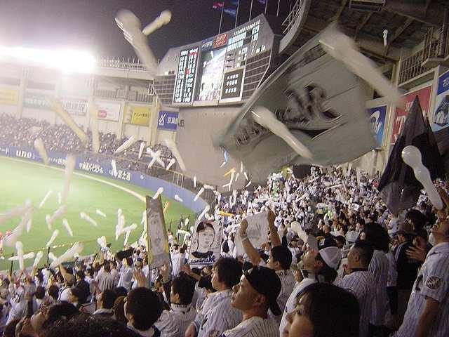 千葉マリンスタジアムの応援の風景