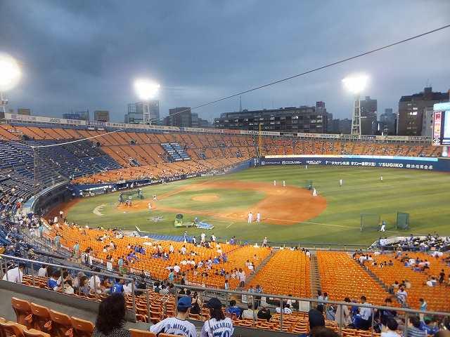 試合開始前練習風景:横浜スタジアム