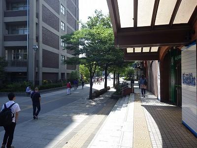 JR関内駅南口を出たところ