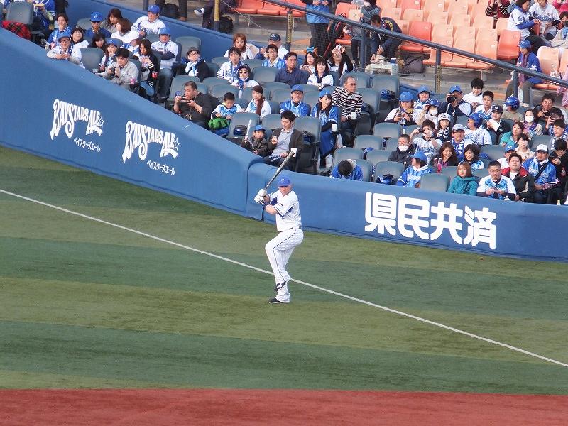 試合前にバッティング練習を繰り返す:横浜DeNAベイスターズ:ジェイミーロマック