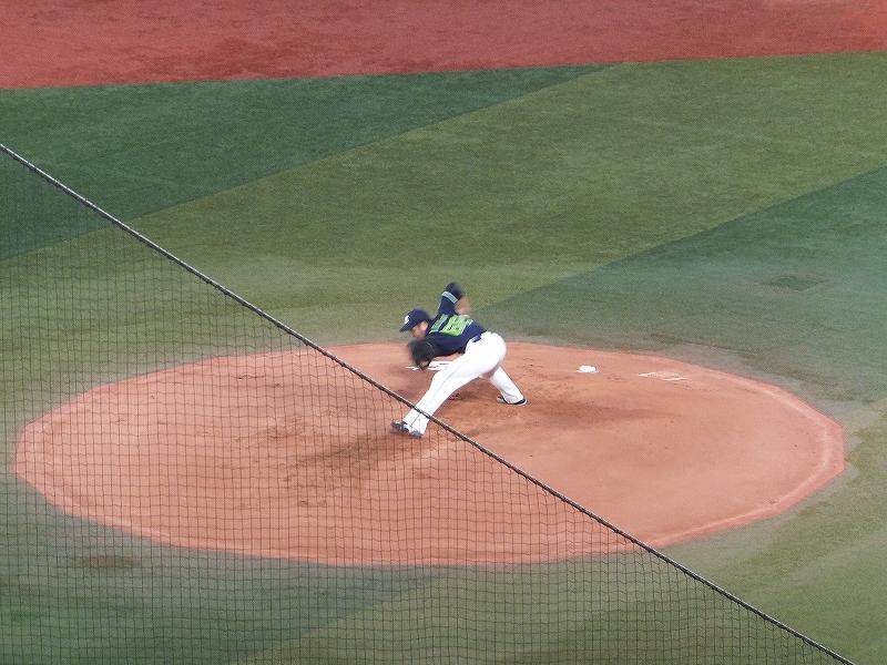 東京ヤクルトスワローズ:アンダースロー山中投手