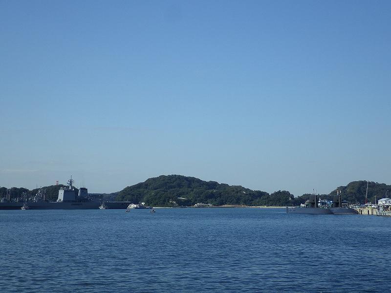 横須賀の港には潜水艦があった