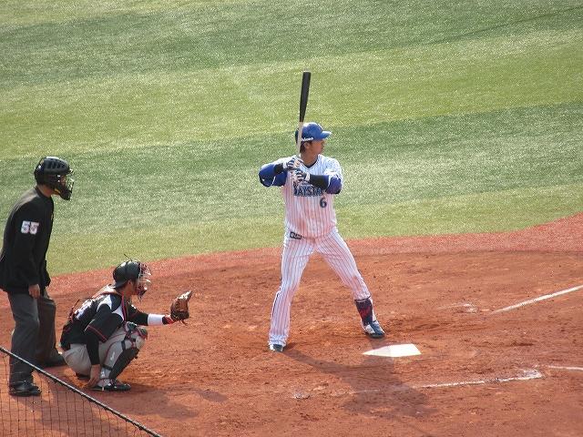 ライトにホームラン白崎!:2017オープン戦:横浜DeNA対千葉ロッテ