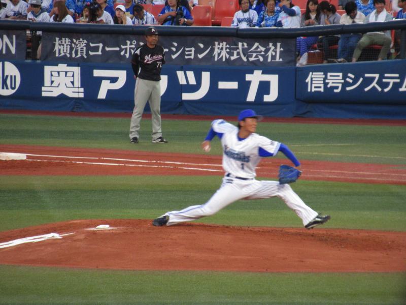 力投する熊原健人・横浜
