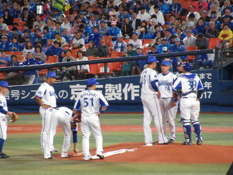 井納投手:3回5失点KO阪神戦