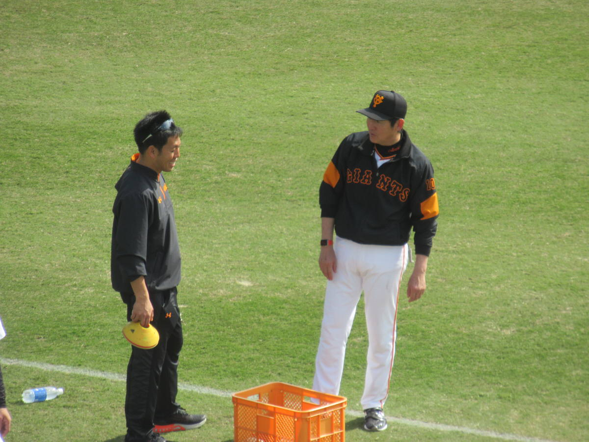 阿波野投手コーチ沖縄セルラースタジアム巨人春季キャンプ