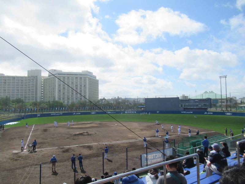 球場の雰囲気2:2018年横浜DeNAベイスターズ沖縄宜野湾キャンプ